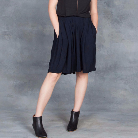 Humanoid Crinkle Charly Skirt in Navy