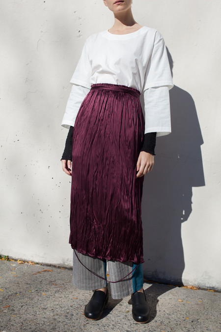 Rowena Sartin Loop Hem Elastic Skirt with Waist Tie in Wine Washed