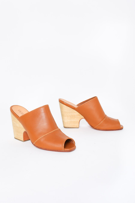 Rachel Comey Dahl Mule in Natural