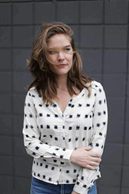 Nicole Bridger Happy Shirt in Ikat