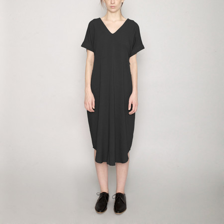 7115 by Szeki Signature T-Shirt Reversible Maxi - Black