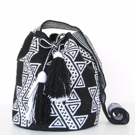 Shop Mariya Black and White Mochila - L