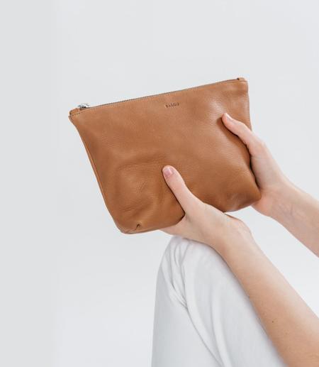 Baggu Leather Clutch – Saddle