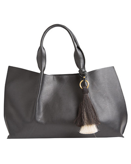 Oliveve isabel tote in black saddle leather with double horsehair tassel - for preorder