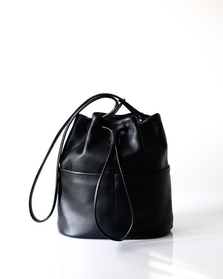 Opelle leather bag