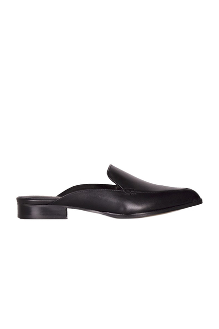 Yicania Black Pointy Slides