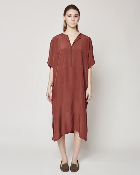 Revisited Matters Silk dress in Marsala