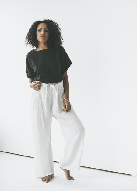 Black Crane - Drawstring Pants in Eggshell