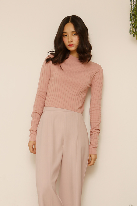 AMONG SEOUL Spring Crop Knit