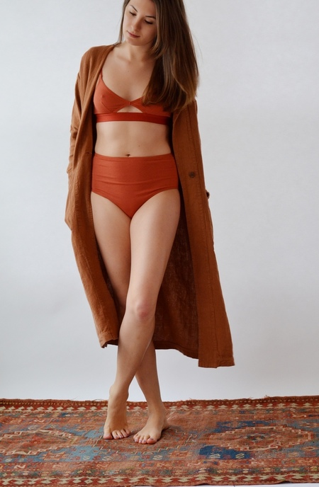 The Nude Label Cut Out Wide Strap Bra, rust
