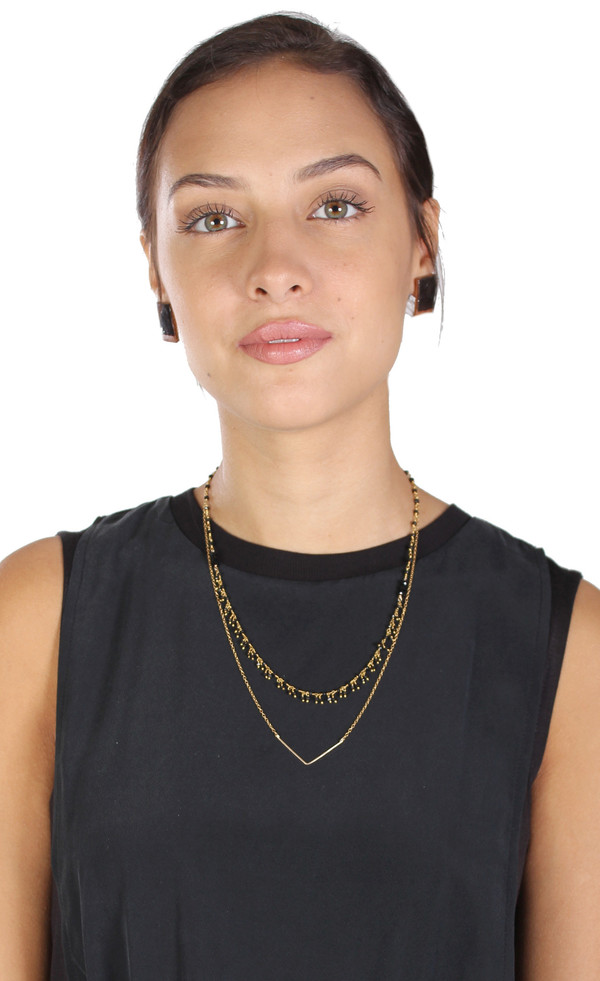 Sarah Dunn Simple Gold V Necklace