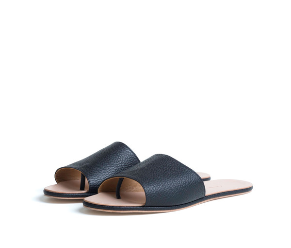 The Palatines Shoes Caelum Slide Sandal - Black