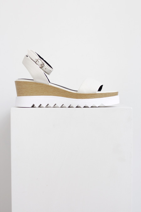 Sol Sana Tray wedge sandal in white