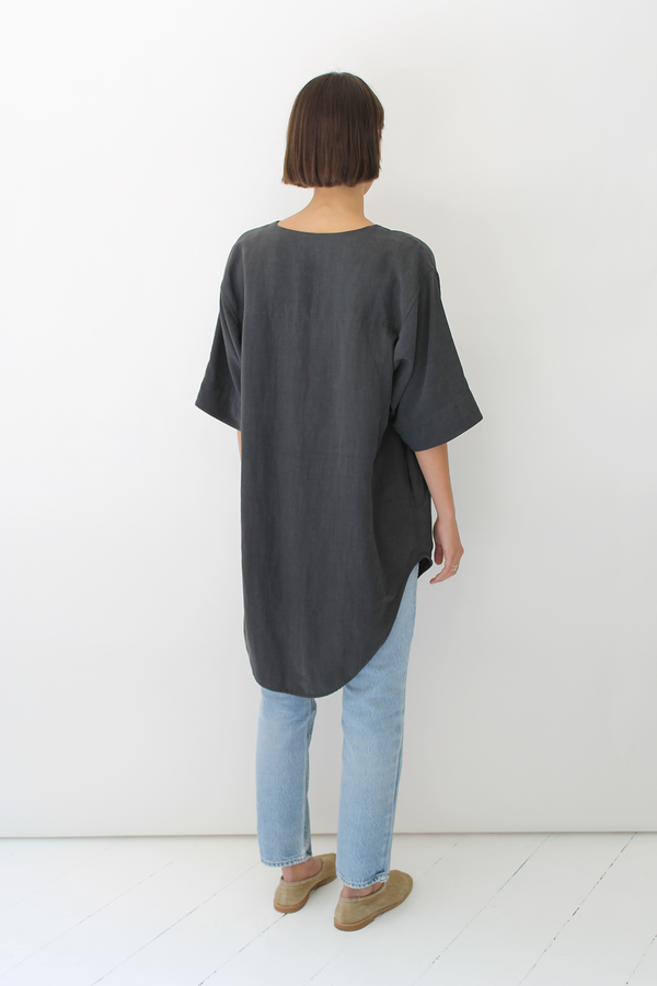 ULIHU silk + linen tunic | charcoal black
