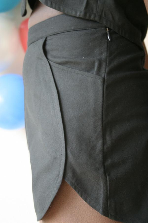 Samantha Pleet Leaf Shorts