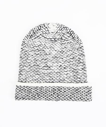 Kordal Seed Stitch Hat Cream/Dk Grey