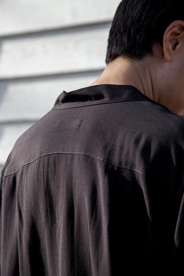 Jesse Kamm Classic Button Down | black