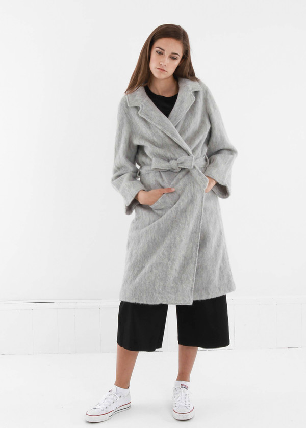 Baserange Light Grey Pyrénées Coat
