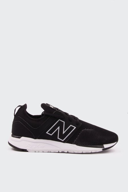 New Balance 247 Sport - black/white engineered mesh