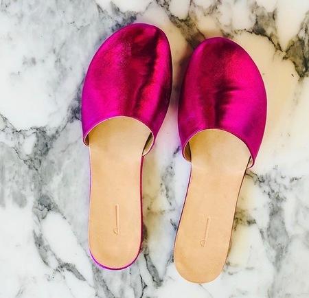 The Palatines Cognitio Slide - Metallic Pink