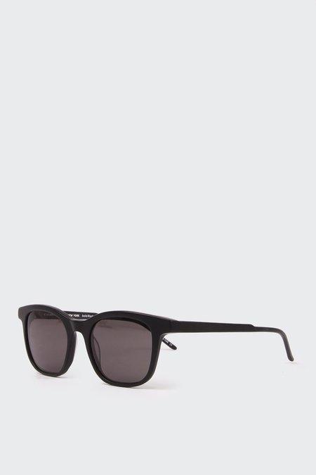Kaibosh A Scandinavian In NY Sunglasses - Black