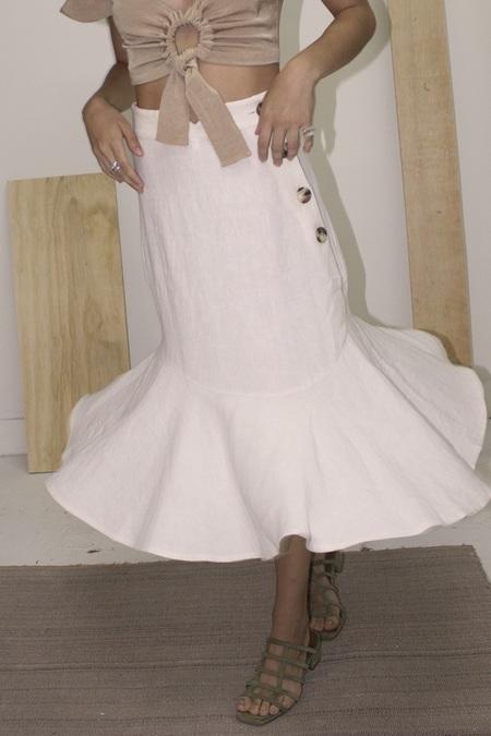 Ajaie Alaie Bonita Skirt  in Light Linen In Cloud