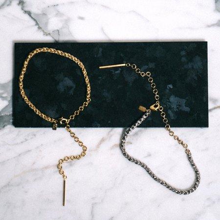 PAR ICI Twist Necklace