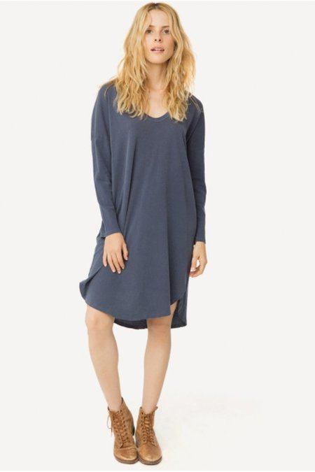 The Great. The U Neck Dress in Washed Navy