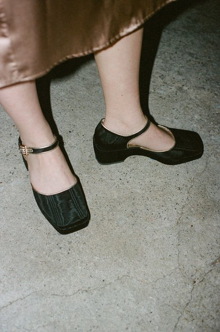 Suzanne Rae Platform Maryjane in Black/Gold