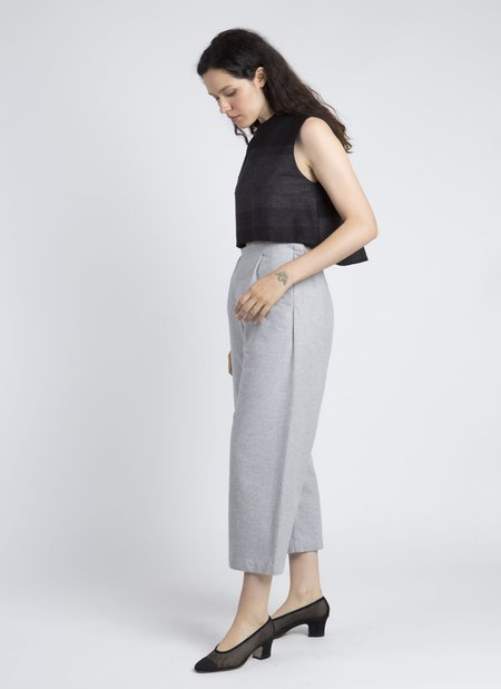 Kaarem Light Grey Gripeweed Open Pleat Cropped Pocket Pant