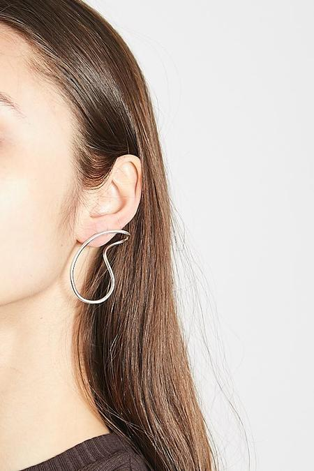 By Boe Endless Curve Earrings - Sterling Silver