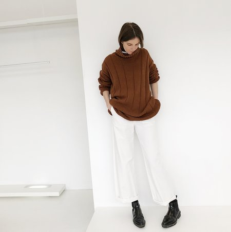 Johan Vintage Brown Turtleneck Sweater