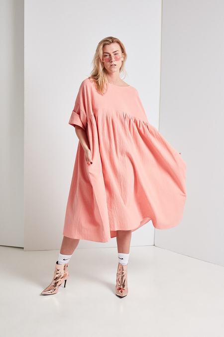 LF Markey Mega Dress - Salmon)