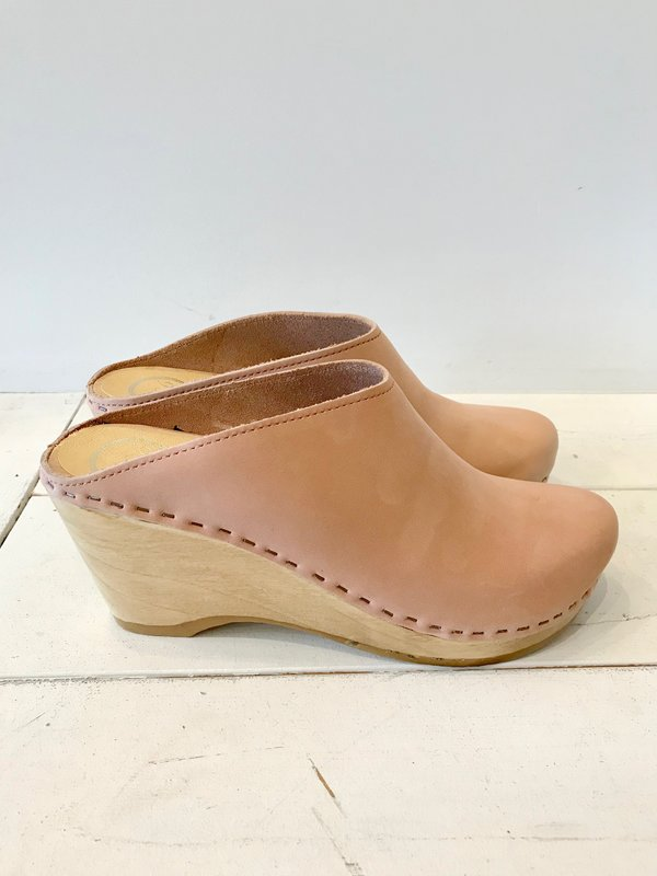 No.6 New School Wedge Clogs in Pink