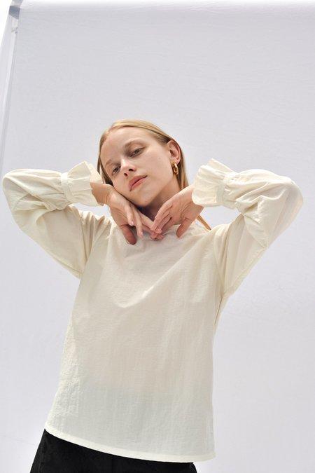 Nikki Chasin SPARTA RUFFLE SLEEVE TOP - WHITE