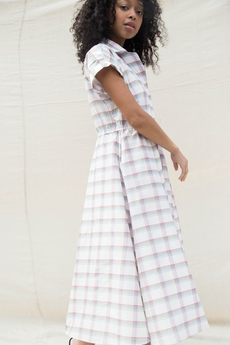 Nikki Chasin RALLY DRESS - PRIMARY PLAID