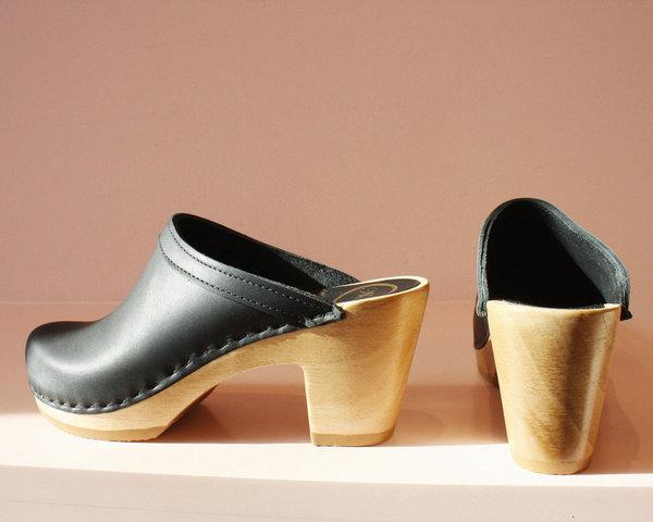 No.6 Old School Clog on High Heel in Black
