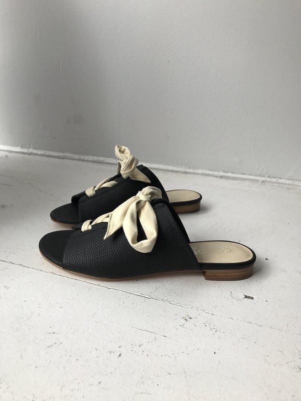 Coconuts By Matisse Santorini Sandals - Black