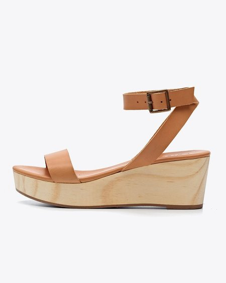 Nisolo Sarita Wedge Sandal Tan