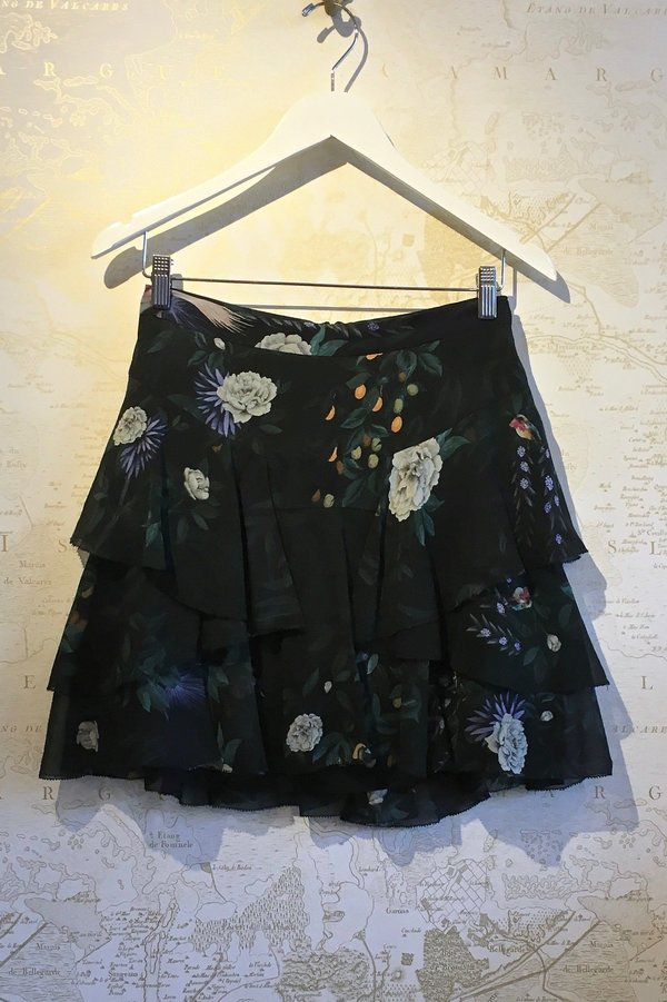 Camilla and Marc 'Arlen' Floral Mini Skirt - Black