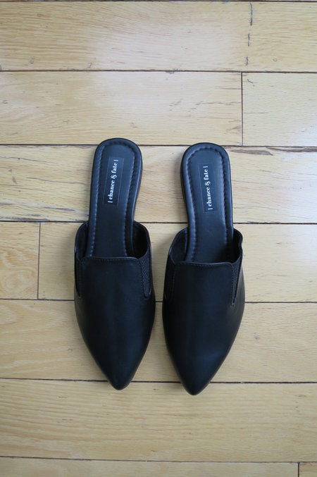 CHANCE & FATE Leather Slip-on Mule
