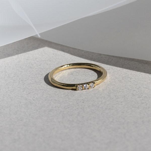 Lindsay Lewis Ogden Ring - White