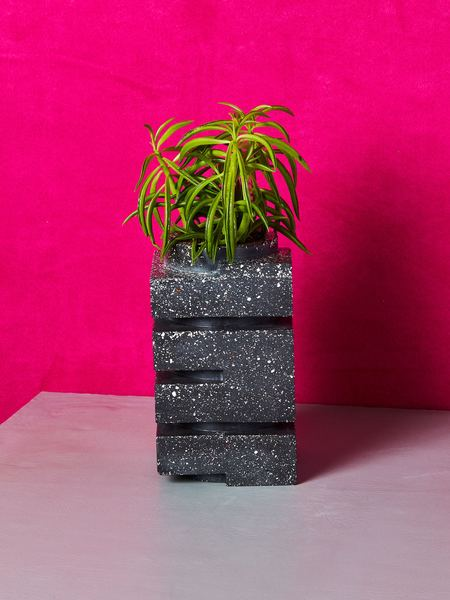 Spadone Home Zig Zag Vase / Planter - Black