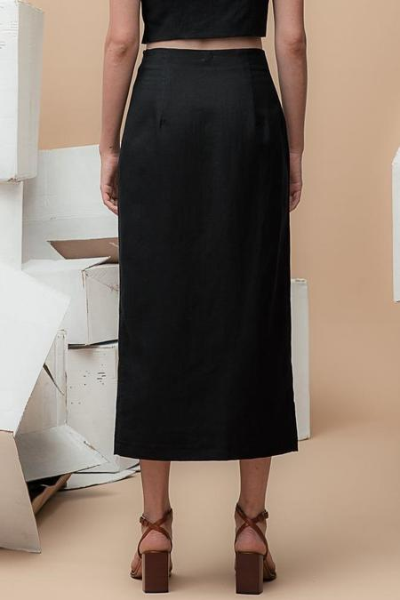 Waltz High-Waisted Long Skirt – Black