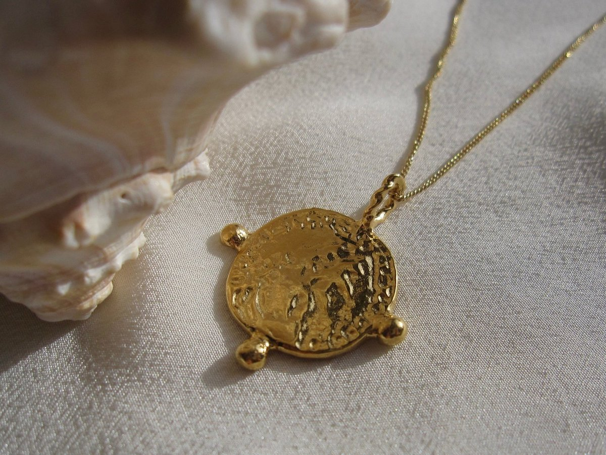 necklace pin gold medallion coin plated aphrodite