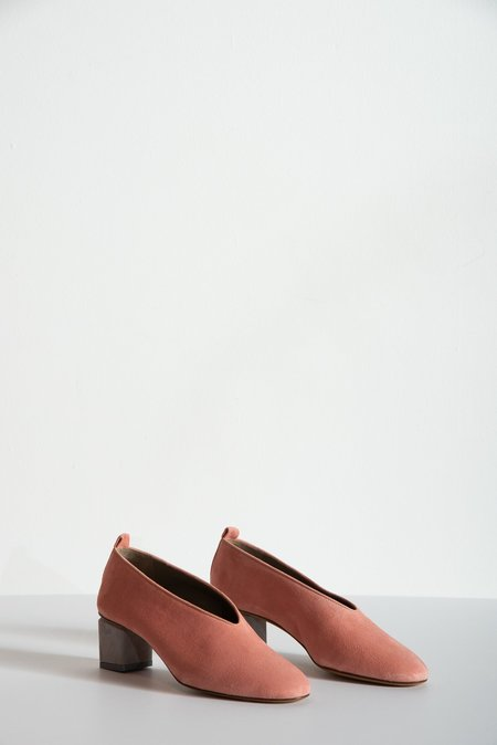 Gray Matters Mildred Classica Suede Shoes - Anguria Salmon/Grey