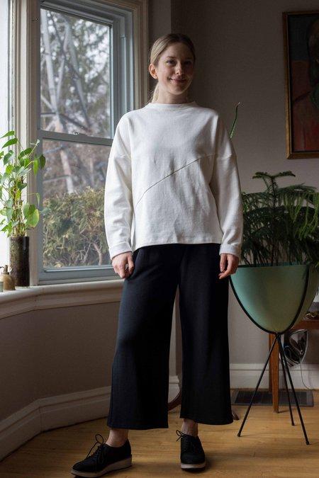 Odeyalo Manitoba Sweatshirt - Cream