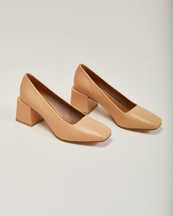 LOQ Villa Leather Pump In Nude