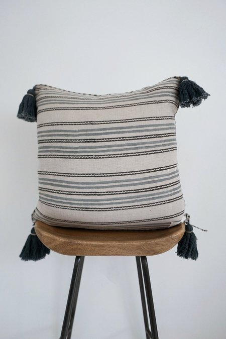 Karu Lala Palm Linen Tassel Cushion - Grey