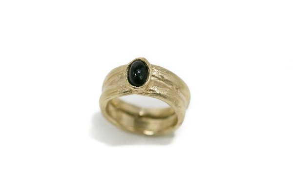 Luiny Black Agate Pinky Ring